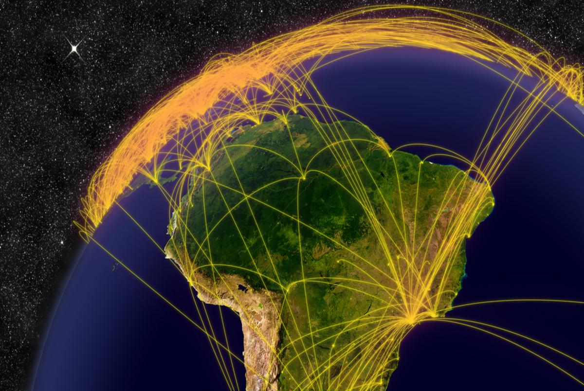ماجرای وجود اینترنت ماهوارهای در ایران/ احتمال استفاده از فضای مجازی بدون فیلترینگ!