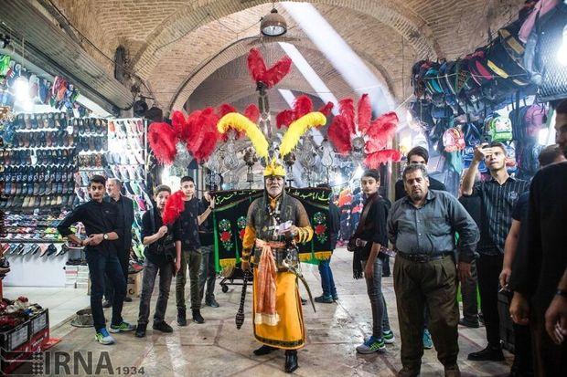 تعزیه سیار در بازار تاریخی اراک به حرکت درآمد