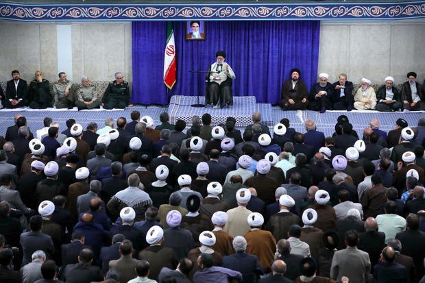 متن کامل بیانات رهبر معظم انقلاب در دیدار با مسئولان و کارگزاران نظام