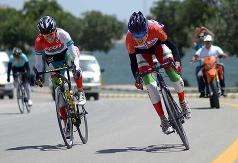 قهرمانی دانشگاه آزاد تبریز قهرمان در لیگ برتر دوچرخه سواری