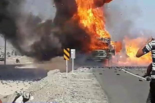 حریق کامیون در نجف آباد جان یک نفر را گرفت