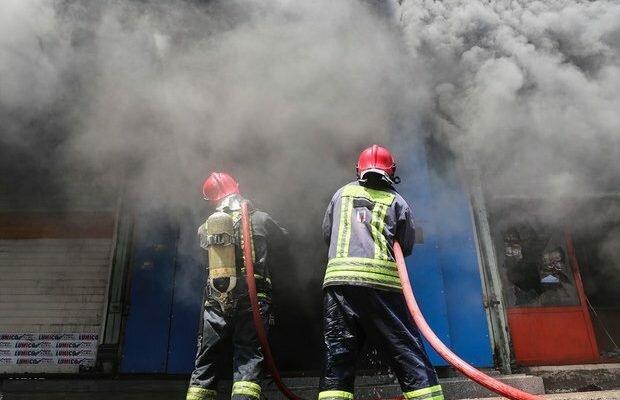 نجات جان 21 نفراز آتش سوزی آپارتمان مسکونی