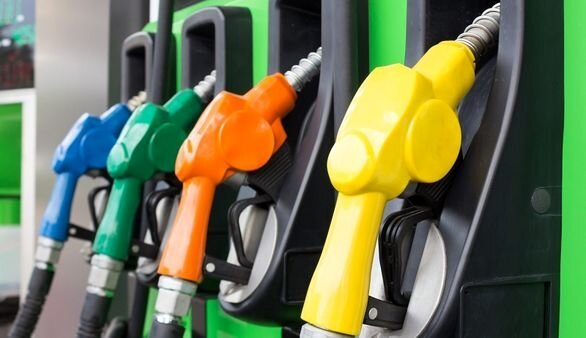 آیا دولت برای جبران کسری بودجه بنزین را گران کرد؟