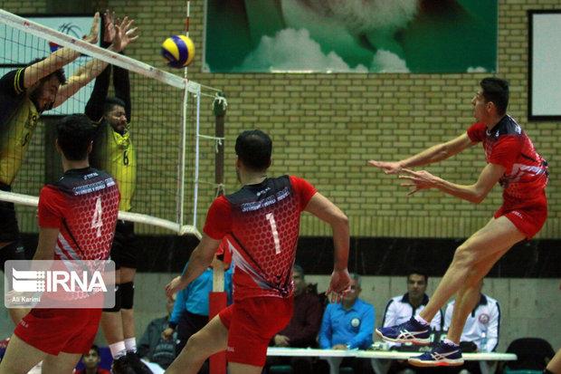 تیم والیبال شهرداری ارومیه ماراتنی سخت را در مشهد پشت سرگذاشت