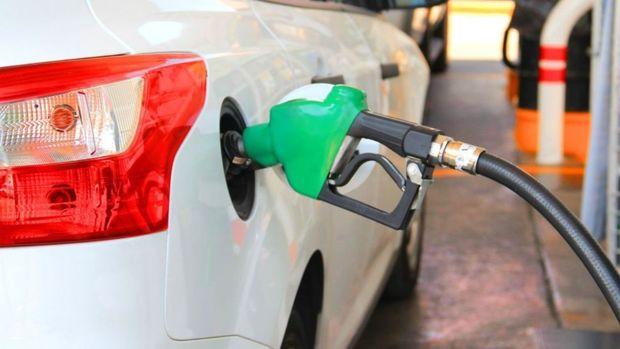 تعطیلی جایگاههای سوخت در جیرفت صحت ندارد