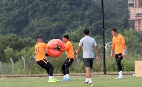 آخرین تمرین تیم ملی هنگ کنگ پیش از دیدار با ایران