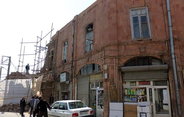 مرمت بنای تاریخی حرمخانه؛ همت مردم، رخوت مسئولان