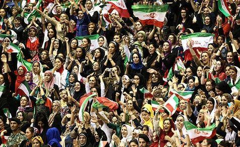 توضیح یگان ویژه درباره استقرار150 پلیس زن در ورزشگاه آزادی