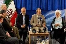 لاریجانی: مجلس و دولت در موضوع اقتصاد مقاومتی تمرکز داشته باشند