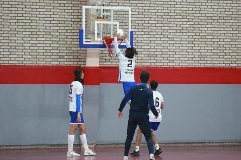 استقلالی ها تمرین بسکتبال کردند+ عکس