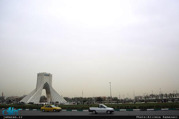 تهران پایتخت میماند/ ارائه پیشنهاد تراکم زدایی و تمرکز زدایی به جای انتقال پایتخت و انتقال مرکز سیاسی اداری کشور از تهران