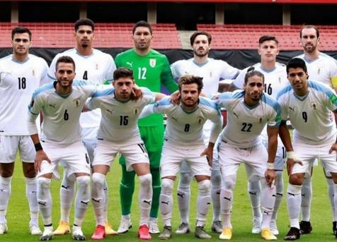 اتفاق عجیب در اردوی تیم ملی اروگوئه/ ابتلای 12 ملی پوش دیگر به کرونا