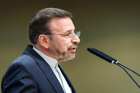 واعظی: دولت دخالتی در بورس ندارد اما از سرمایه مردم صیانت میکند