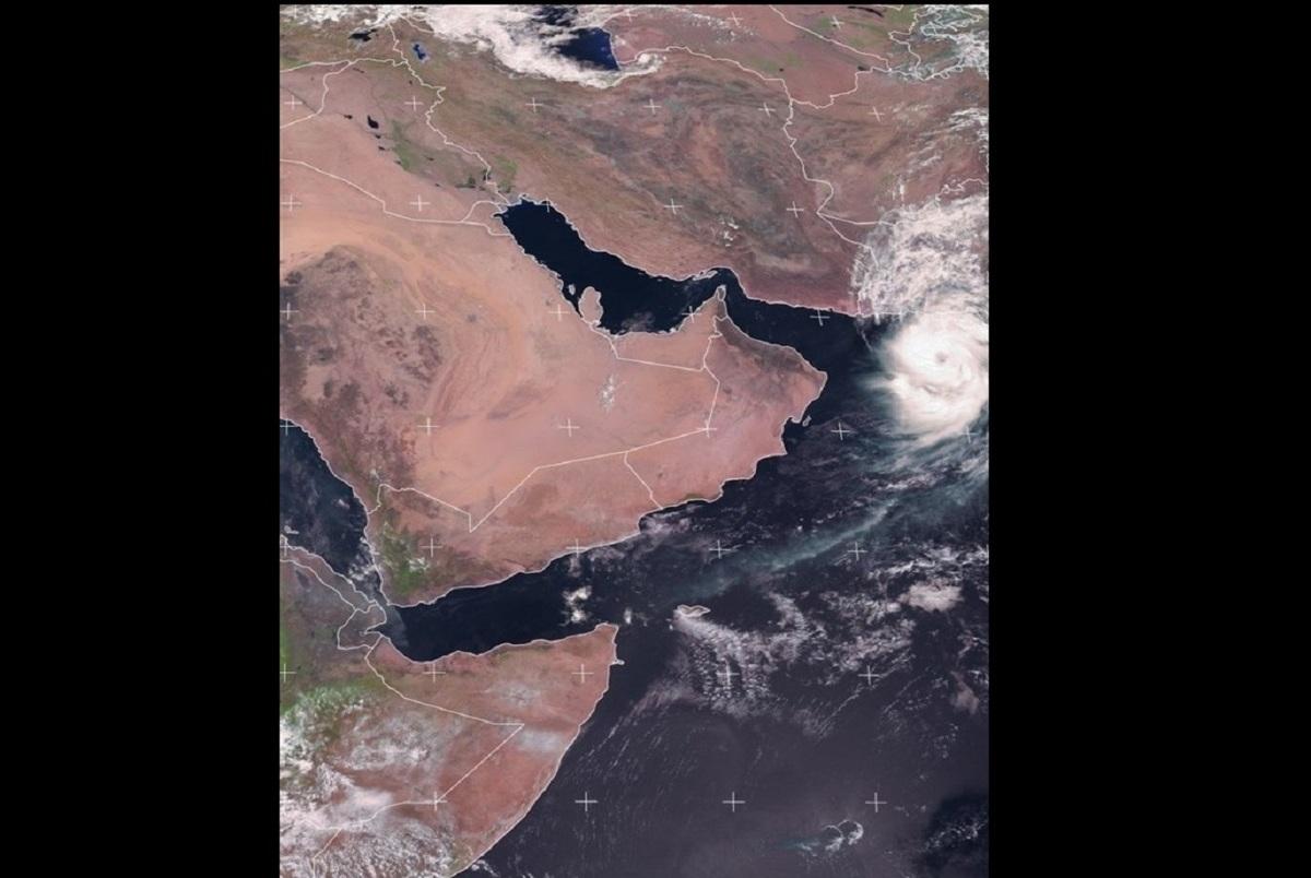 هشدار در مورد طوفان حارهای در سواحل مکران/ اخطار سازمان بنادر به خطوط کشتیرانی