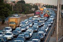 2 میلیون و 403 هزار خودرو وارد قم شده است