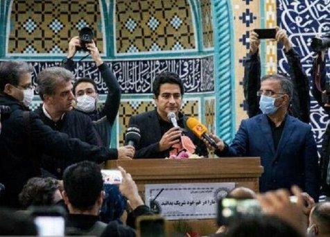 حضور بازیگران در مراسم تشییع استاد شجریان در بهشت زهرا+ تصاویر