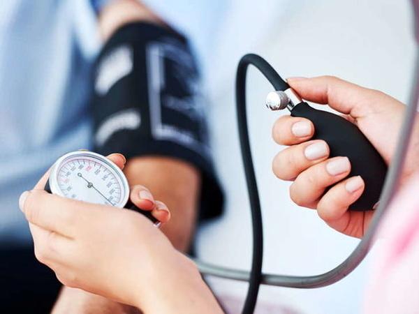 ابتلای 31 درصد مردم گیلان به فشارخون بالا  سن ابتلا به فشار خون به 30 سالگی رسیده است