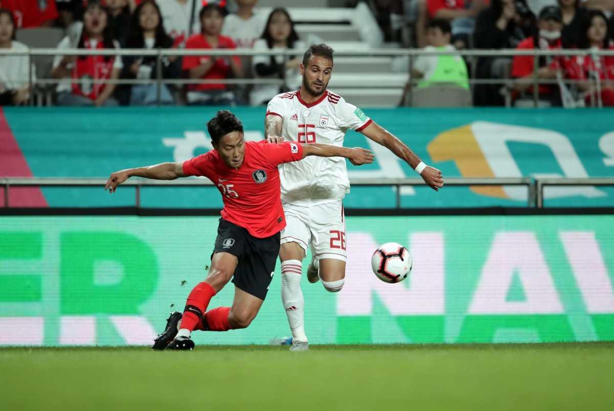 حمایت سفیر کره جنوبی از تیم ملی کشورش در آستانه بازی با ایران+ عکس