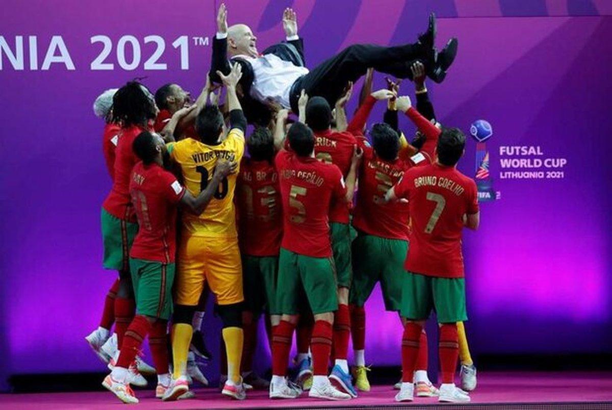 واکنش رسانه های پرتغالی به قهرمانی این تیم در جام جهانی فوتسال+ تصاویر