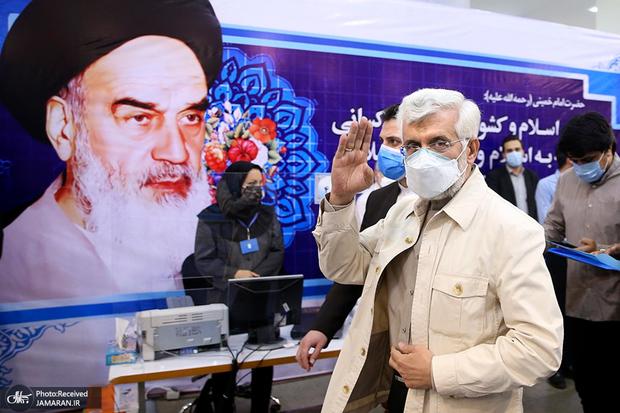 سعید جلیلی پس از ثبت نام در انتخابات 1400: کشور را با نمایش نمیتوان اداره کرد