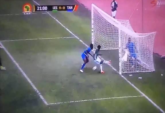 عجیب ترین موقعیت گل تاریخ که اینگونه از دست رفت! + فیلم