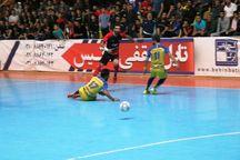 تیم فوتسال گیتیپسند اصفهان برابر فرشآرا مشهد متوقف شد