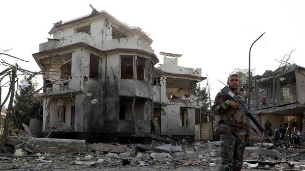 اشغال دومین مرکز ولایتی توسط طالبان/توصیه آمریکا به خروج سریع شهروندانش