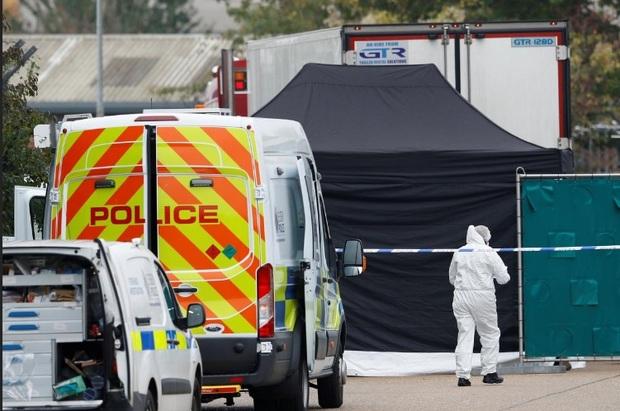 یک جنایت هولناک در انگلیس؛ پیدا شدن اجساد 39 نفر در یک کامیون در لندن+عکس